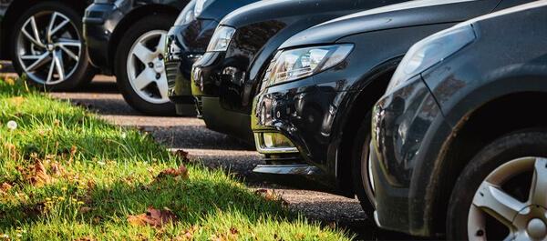 Luxury car e